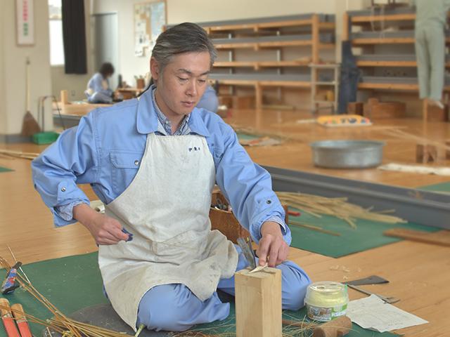 大分県立竹工芸訓練センター 大分県立竹工芸訓練センター 竹を学ぶ