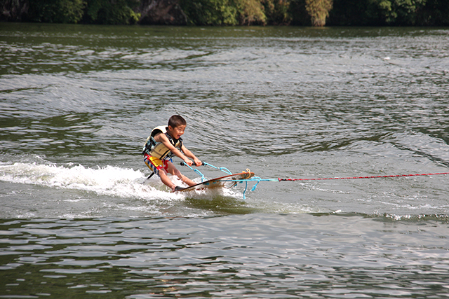 耶馬溪アクアパーク 水上スキー