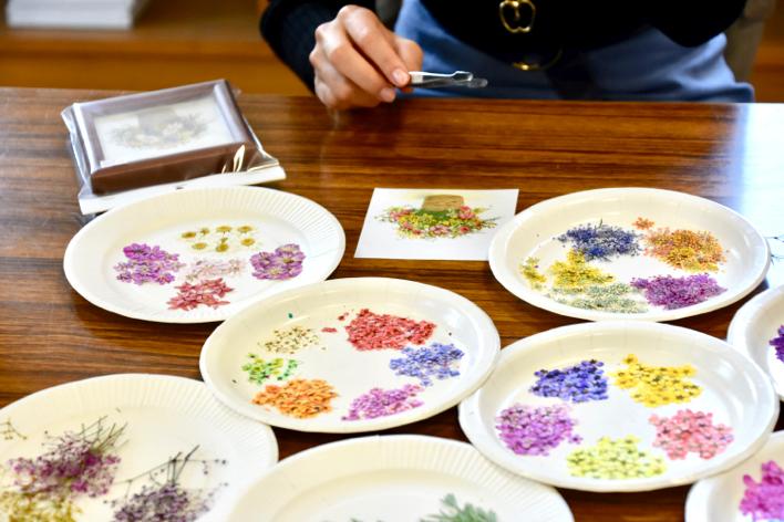ひた押し花美術館 押し花体験