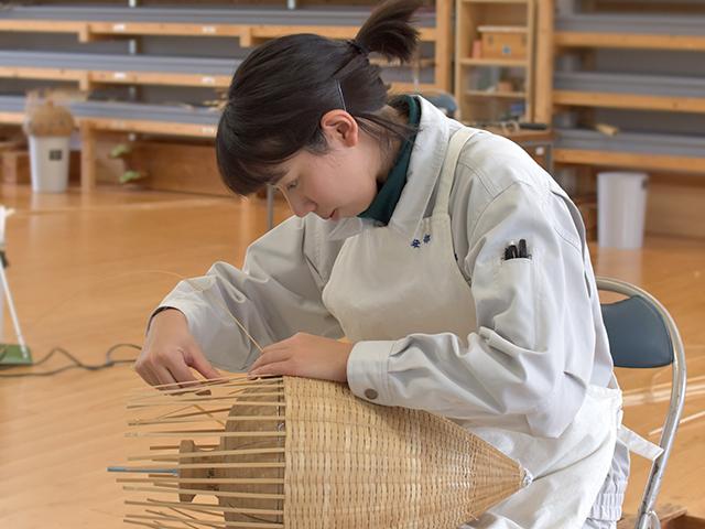 大分県立竹工芸訓練センター 竹を学ぶ