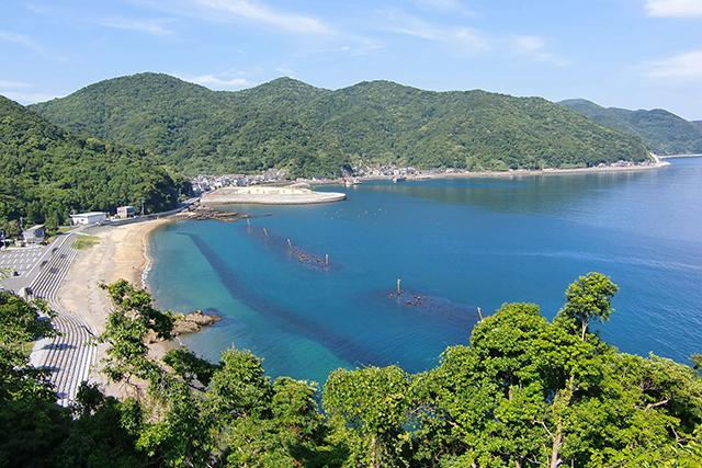 瀬会(ぜあい)海水浴場