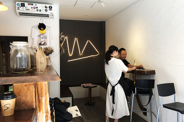 1969's coffee stand 店内