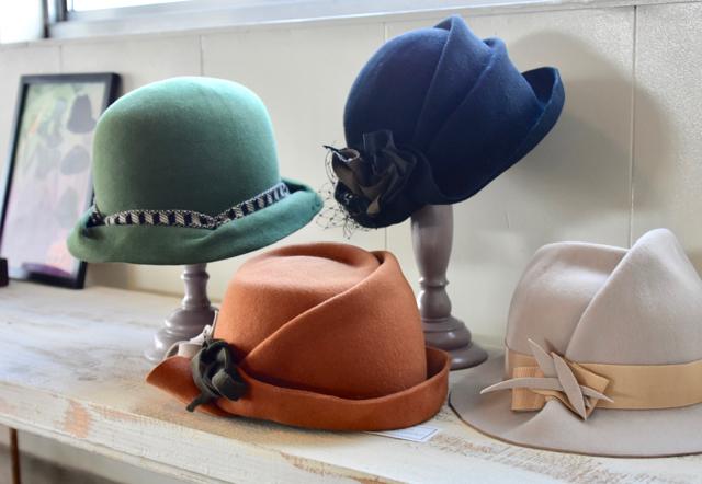 ギャラリー&アトリエ tohka 出水さんの帽子