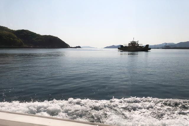 五感で感じる島時間-九州オルレ さいき・大入島- 佐伯港 マリンバス常栄丸